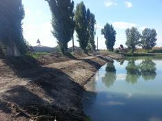 Obecné jazero-rybník po revitalizácii v roku 2013
